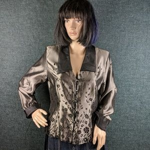 🔥3 for $15🔥Patra Jacket Style Top, Cute Buttons!